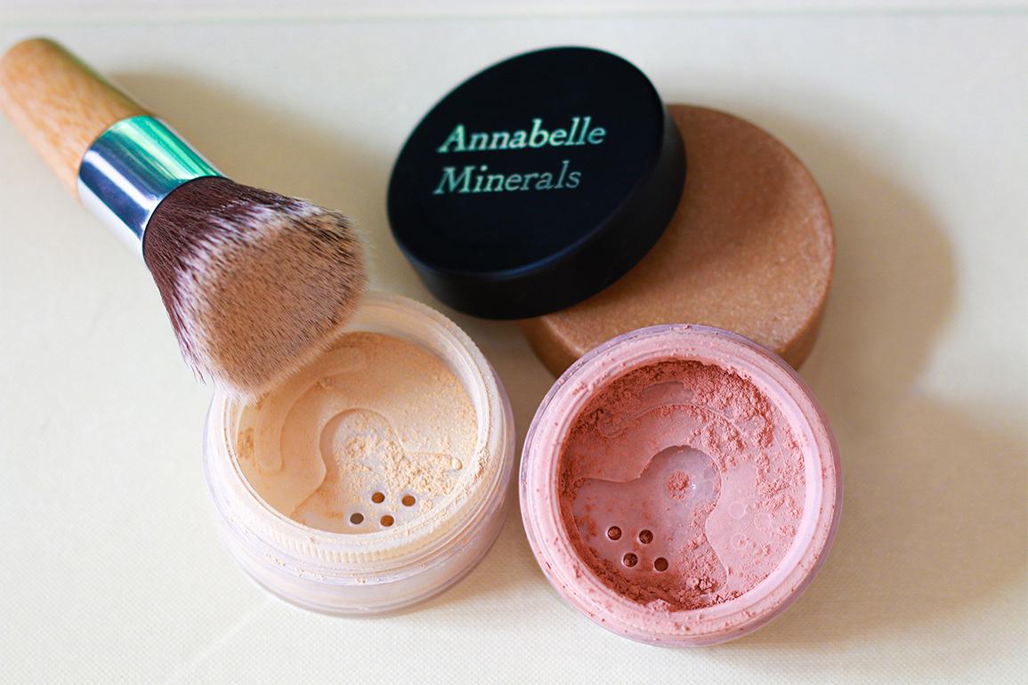 Annabelle Minerals podkład i róż mineralny