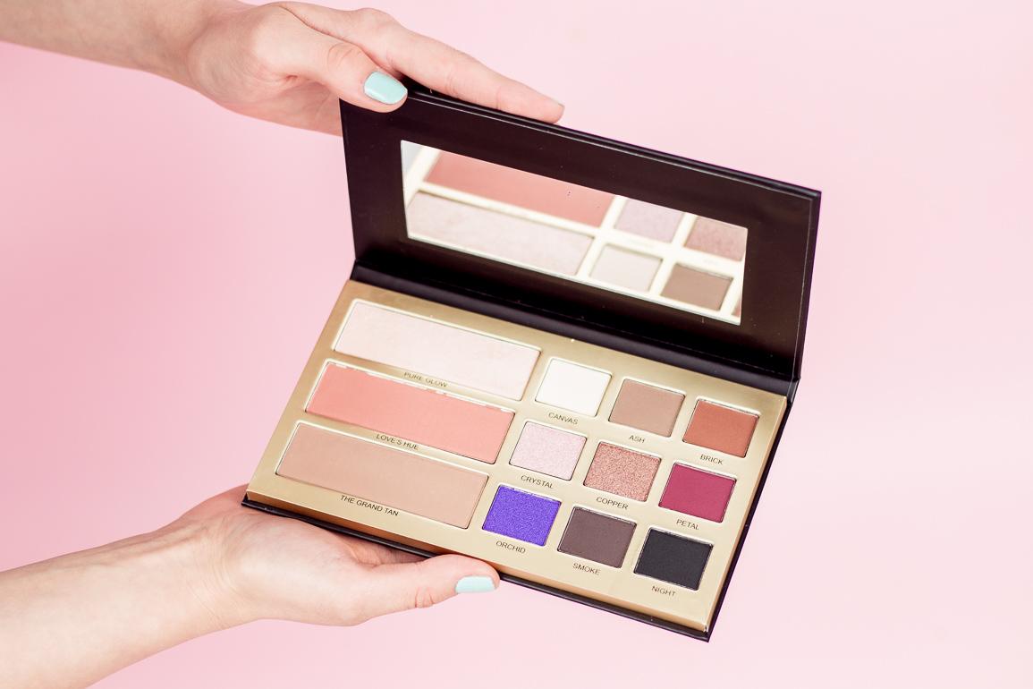Cienie i pudry w palecie Beauty Legacy by Maxienczka