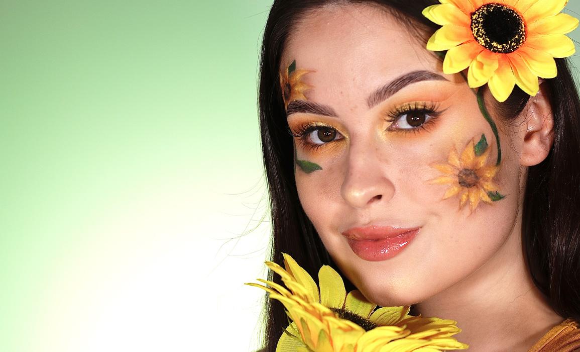 Emoji make-up