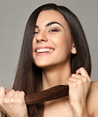Kobieta - zdrowe, mocne włosy