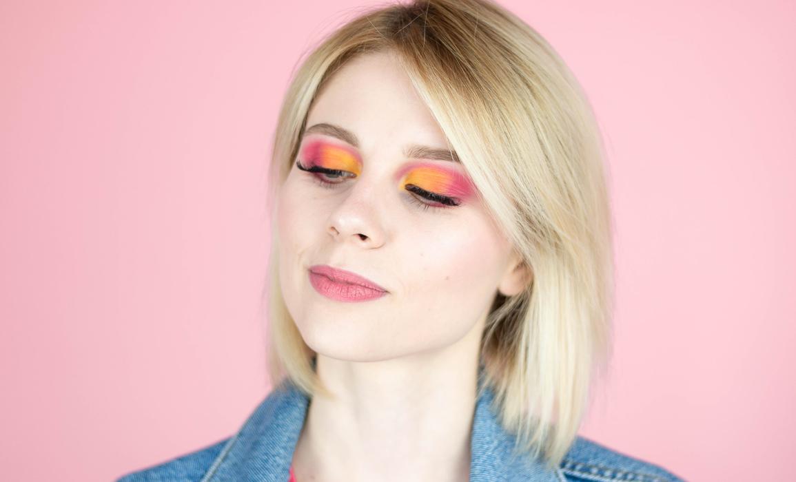 kolorowy makijaż oka