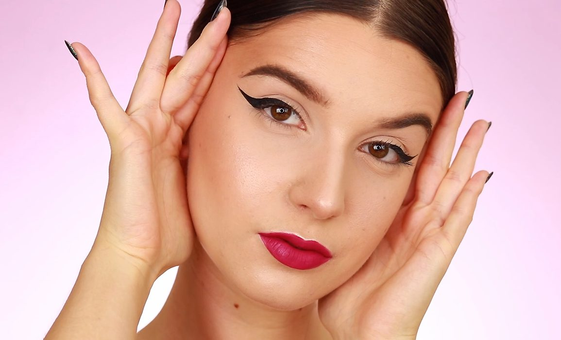 Kreska eyelinerem tutorial video