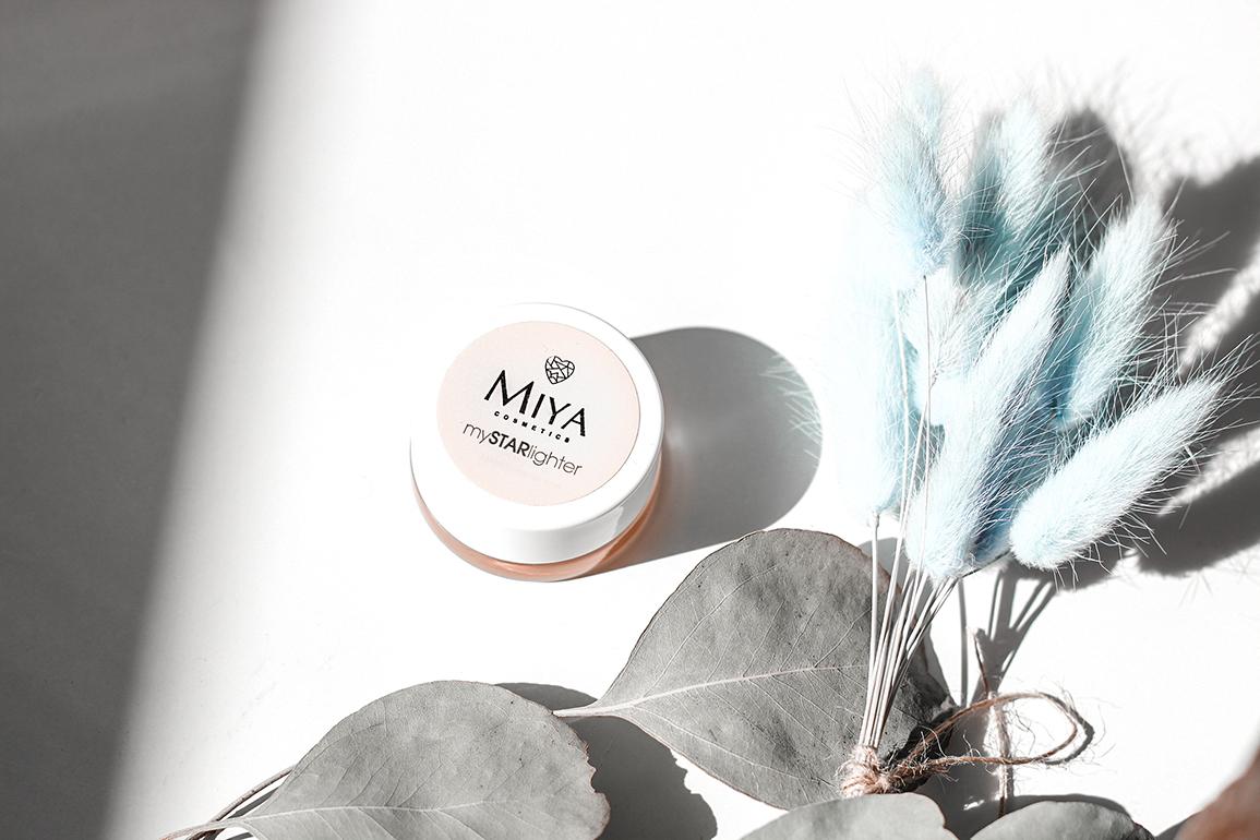 rozświetlacz w kremie Miya Cosmetics