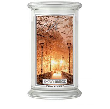 Kringle Candle – Duża świeca zapachowa z dwoma knotami Snowy Bridge (623 g)
