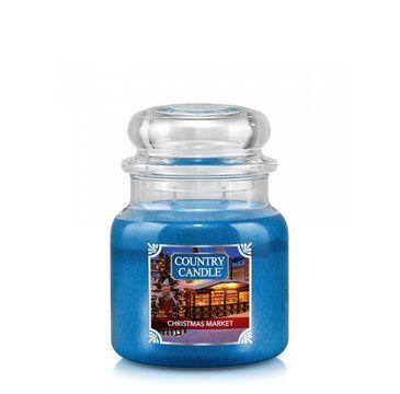 Country Candle – Średnia świeca zapachowa z dwoma knotami Christmas Market (453 g)