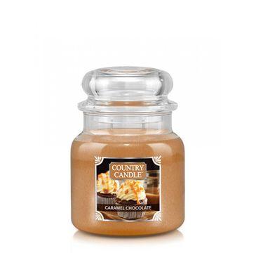 Country Candle – Średnia świeca zapachowa z dwoma knotami Caramel Chocolate (453 g)
