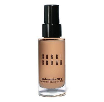 Bobbi Brown Skin Foundation podkład matujący SPF 15 3.5 Warm Beige 30 ml