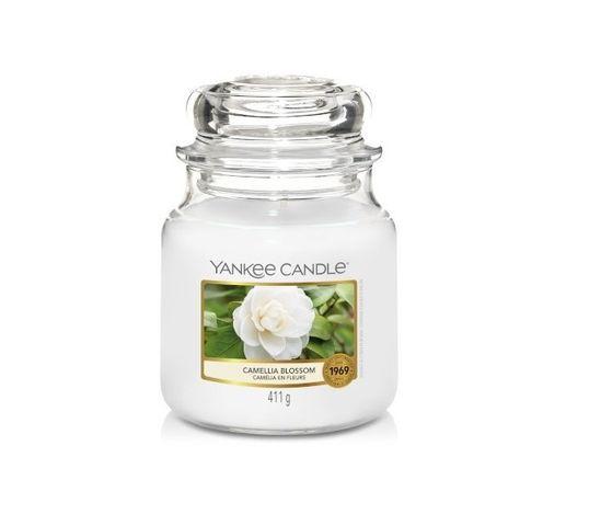 Yankee Candle – Świeca zapachowa średni słój Camellia Blossom (411 g)