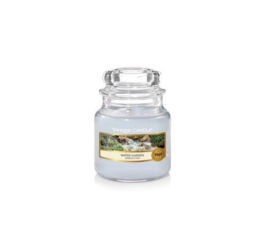 Yankee Candle – Świeca zapachowa mały słój Water Garden (104 g)
